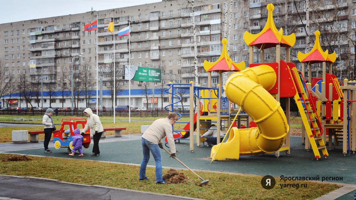 В Рыбинске ребенок провалился в открытый колодец