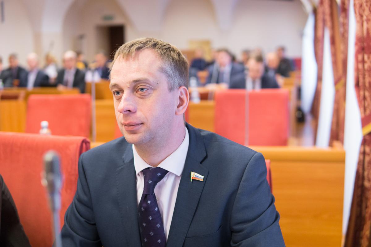 Задержанный депутат Яроблдумы заявил, что готов решать проблемы района прямо из СИЗО