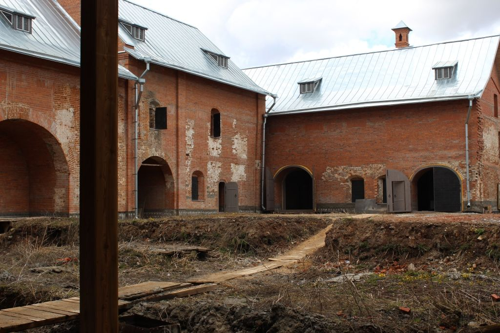 Конюшенный двор Ростовского кремля откроют в июне после реставрации