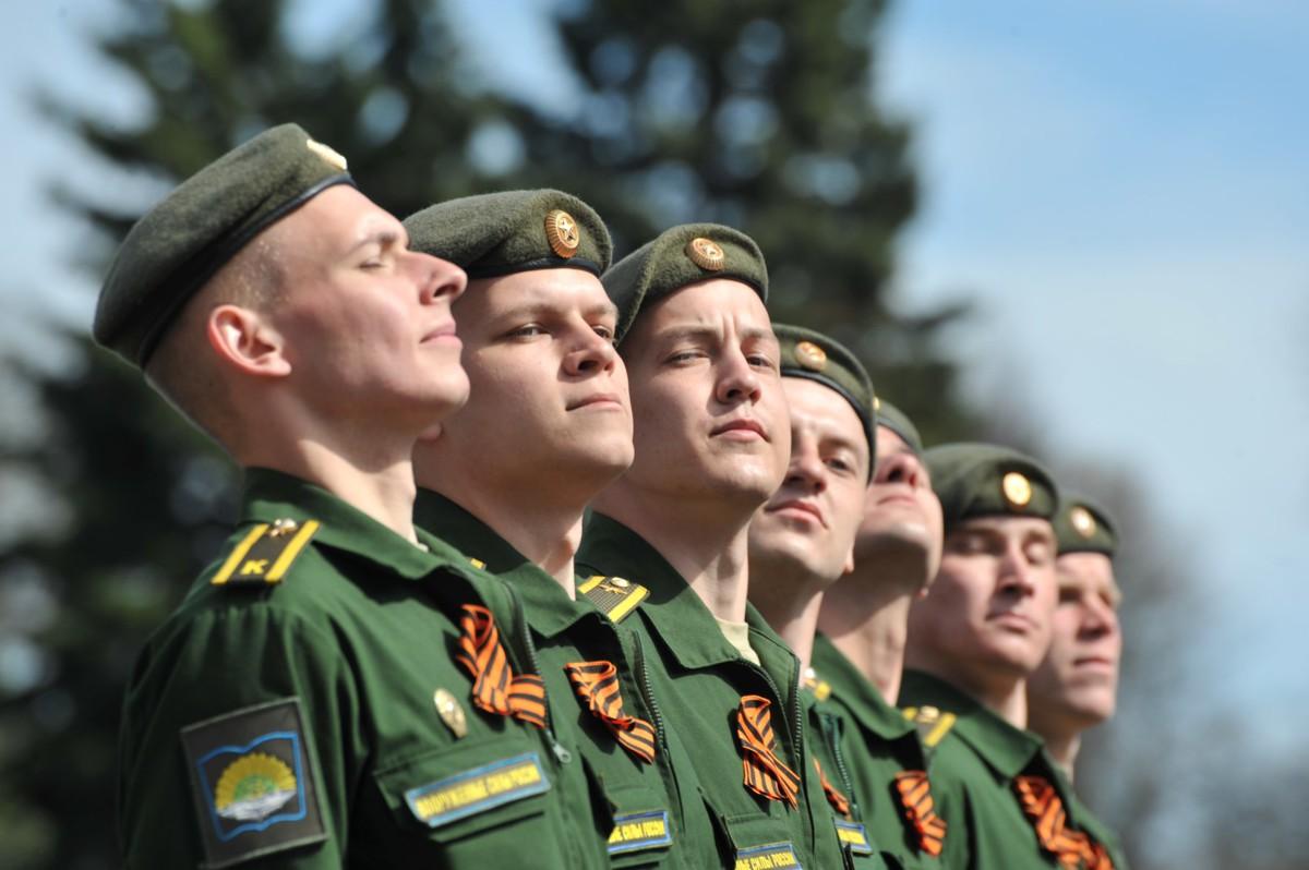 Ярославны рассказали, что подарят мужчинам на День защитника Отечества