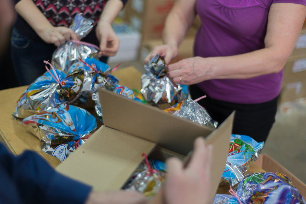 В Ярославле воскресная школа организовала сбор подарков для детей-сирот
