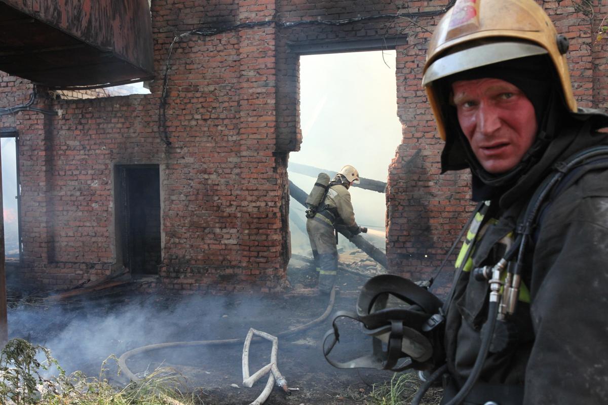 В Ярославле на шинном заводе произошел пожар