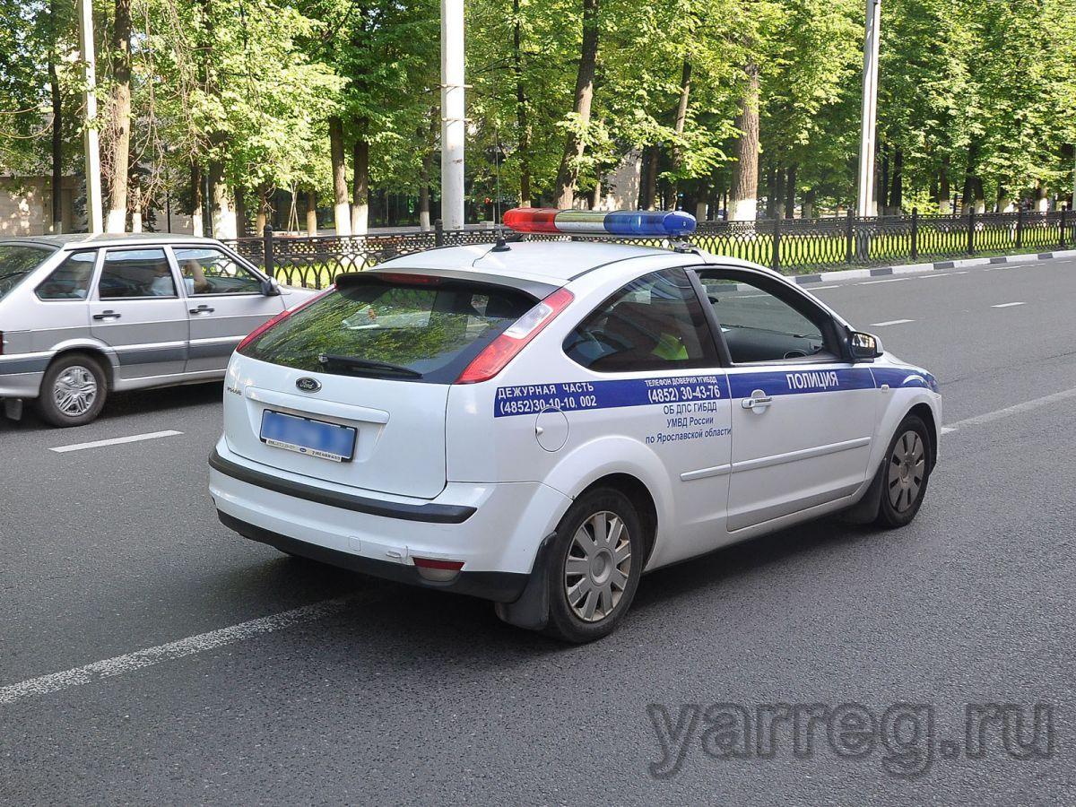 В Ярославле полицейские помогли пенсионерке вернуться домой
