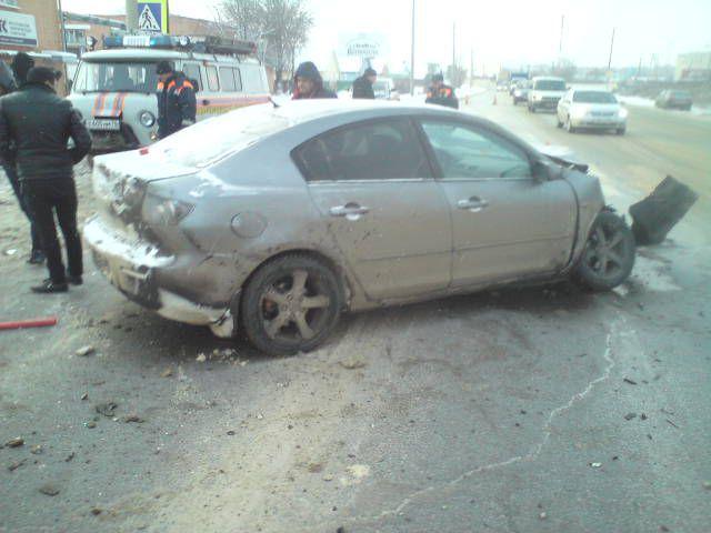 В Ростове столкнулись два автомобиля