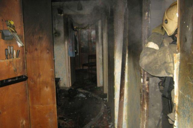 При пожаре в Ярославле пострадал мужчина