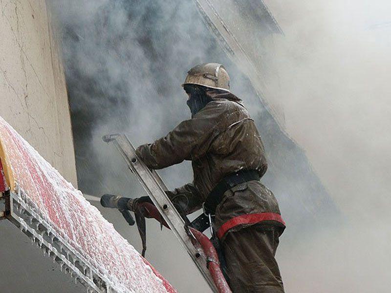 В пожаре в Ростове пострадал мужчина