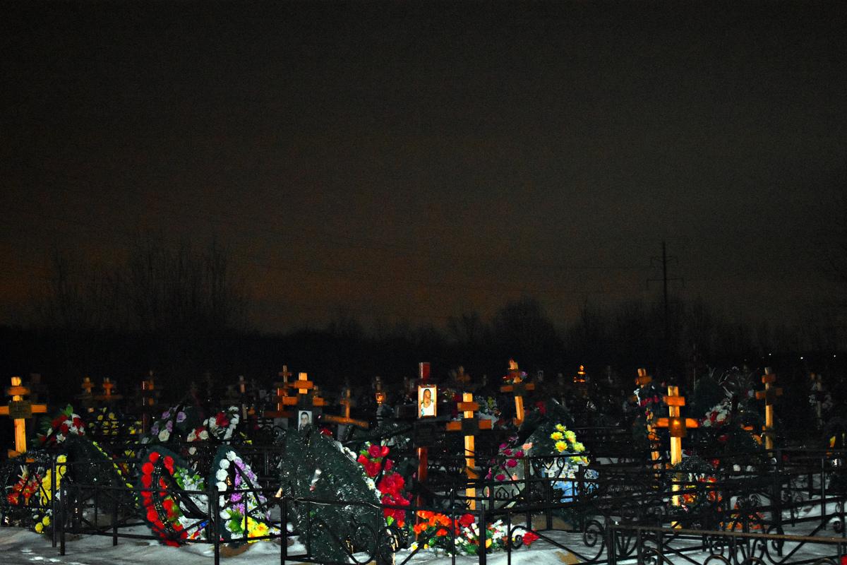 В Ярославской области осудили сотрудников кладбища за мошенничества с участками для захоронений