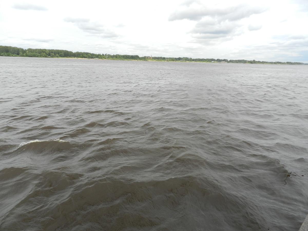 Ярославские спасатели сообщают о высоком уровне воды в Рыбинском водохранилище