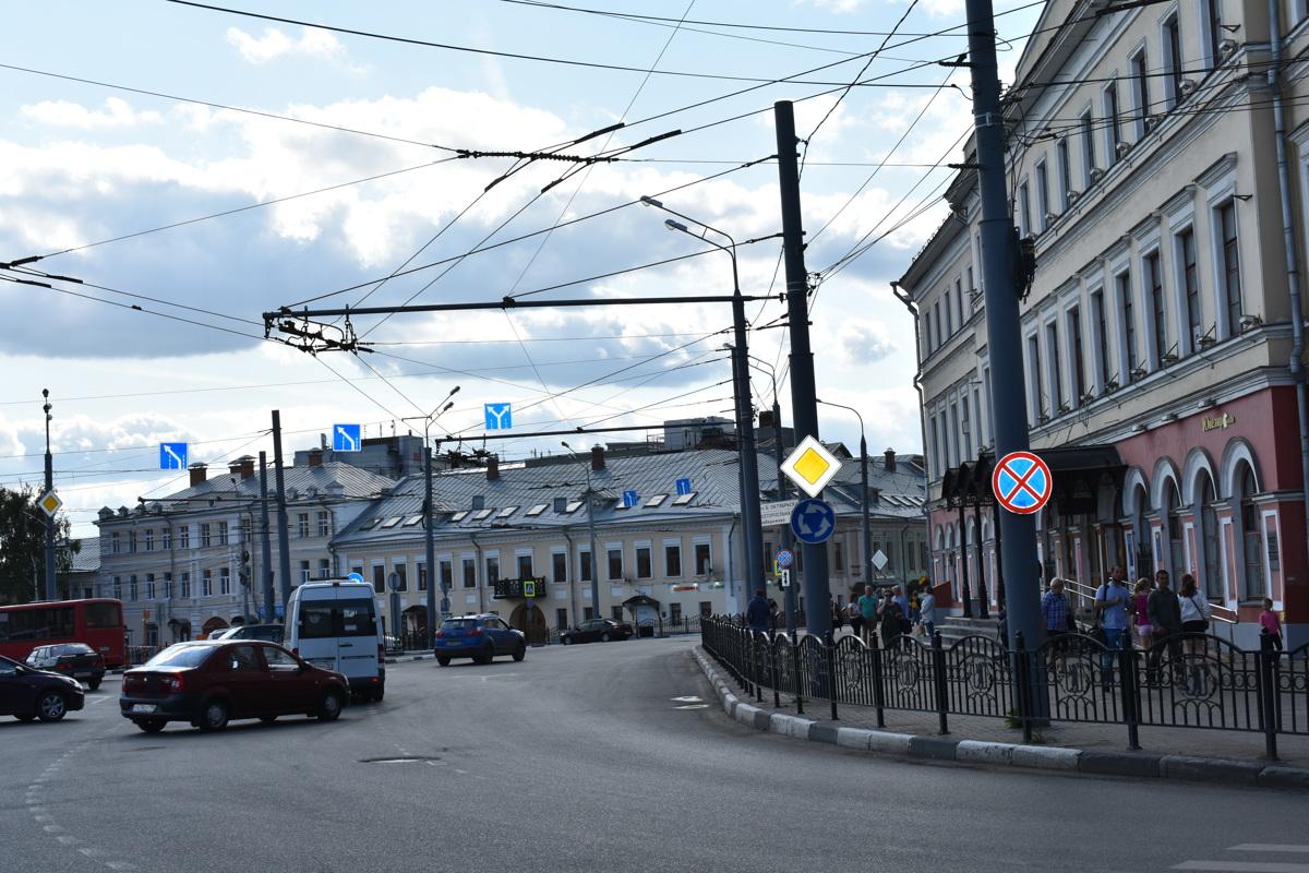 В Ярославле 1 июля приступят к ремонту Комсомольской улицы