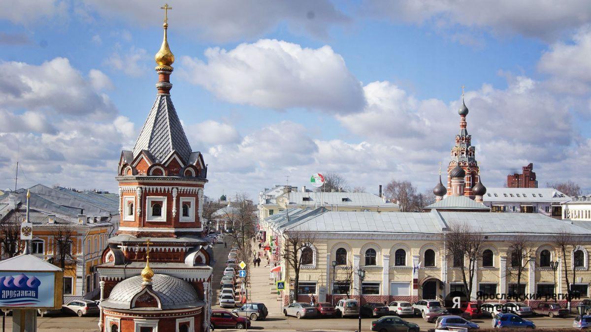 В Ярославле убрали порядка 8 тысяч квадратных метров скверов, парков и дворов