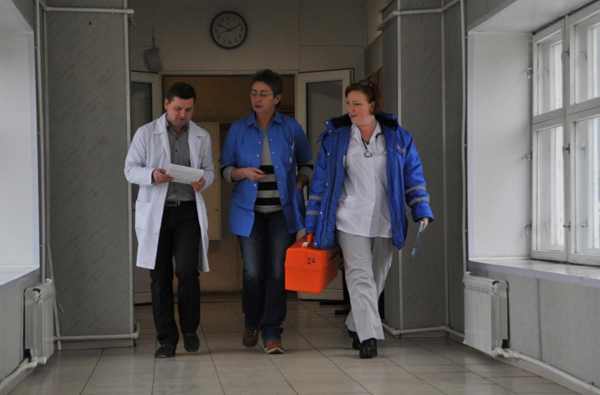 Эксперты поддержали решение Дмитрия Миронова расширить список медработников, получающих дополнительные выплаты