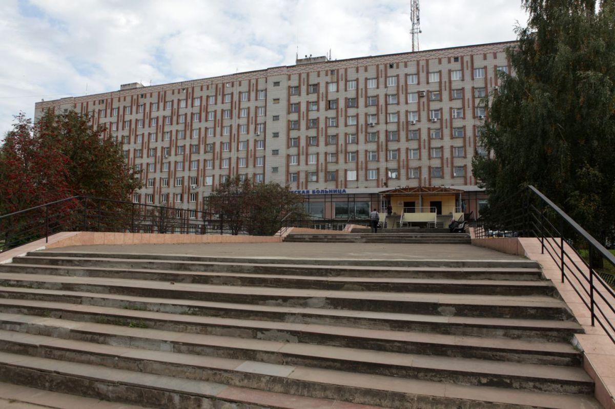 В ярославской больнице в очереди к врачу скончался пациент
