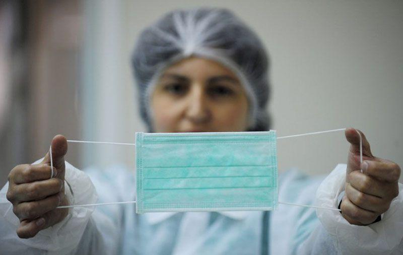Ярославским аптекам рекомендовали обеспечить резерв медицинских масок