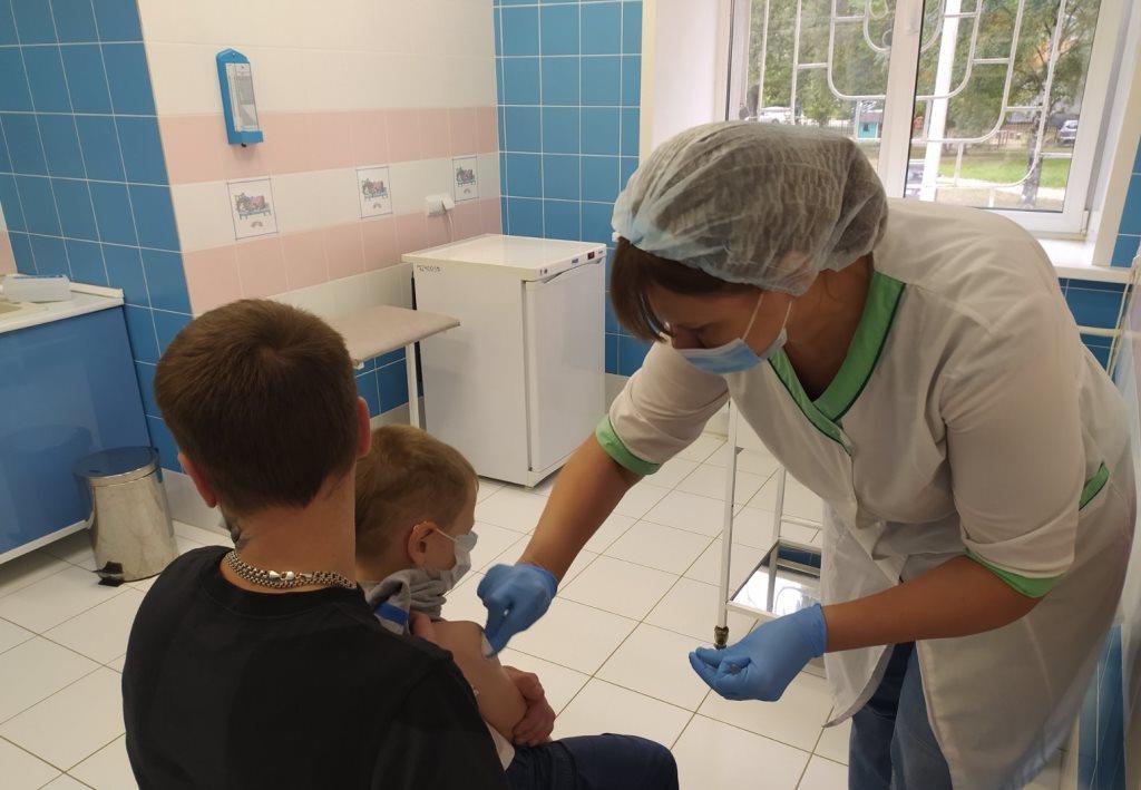 В Ярославской области рекомендуют срочно сделать прививки от полиомиелита детям