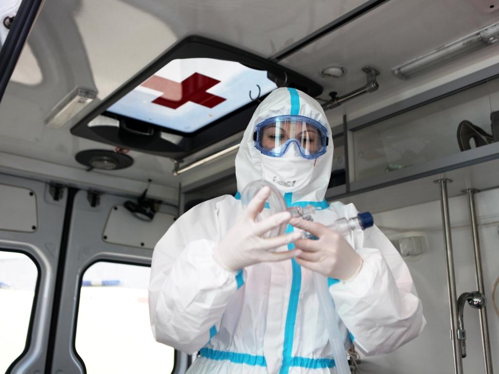 Ярославским врачам пересчитают доплаты за работу с больными коронавирусом