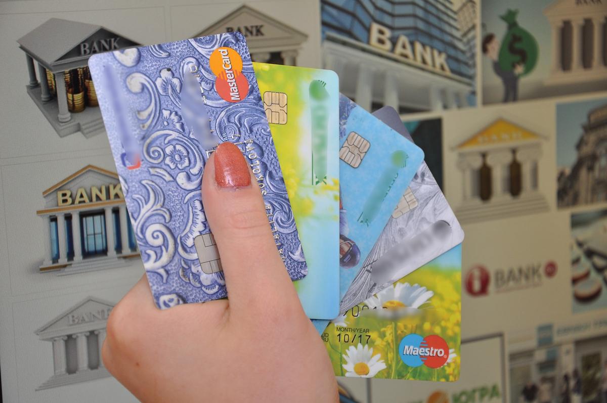 В Ярославской области мошенники выманили у женщины 269 тысяч рублей
