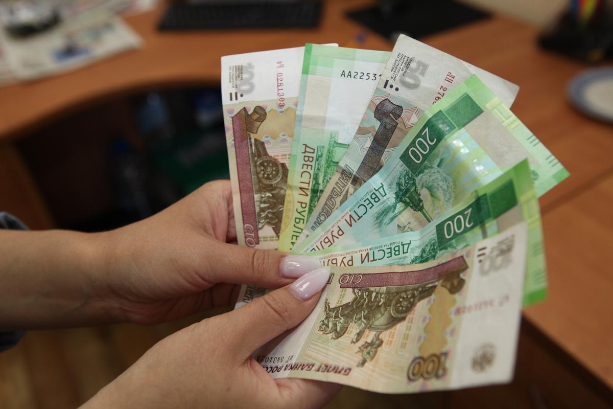 Наличку на дезинфекцию. ЦБ рекомендовал отправлять деньги из банкоматов c рециркуляцией на карантин
