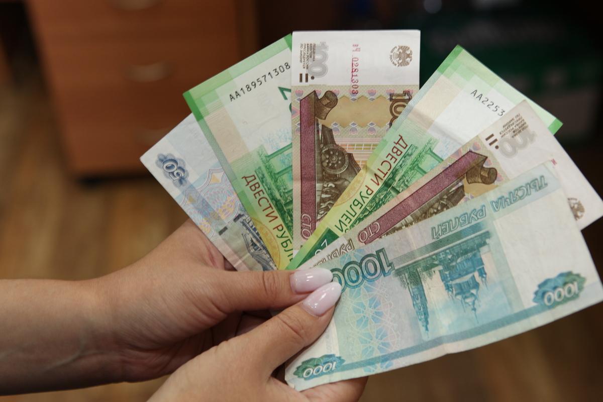 В Ярославской области пенсионерка украла деньги знакомой