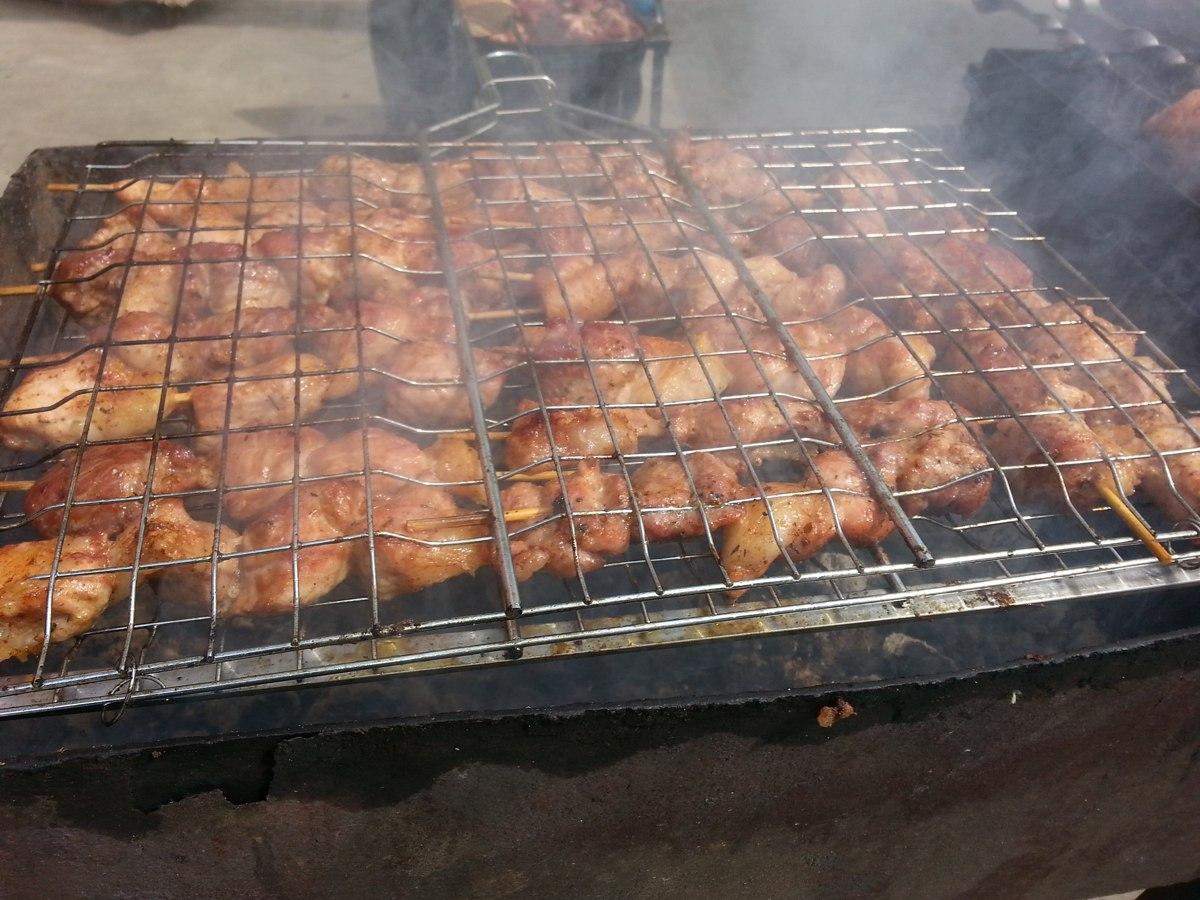 В Ярославской области воришки украли из ларька кофемашину и куриные тушки на 80 тысяч