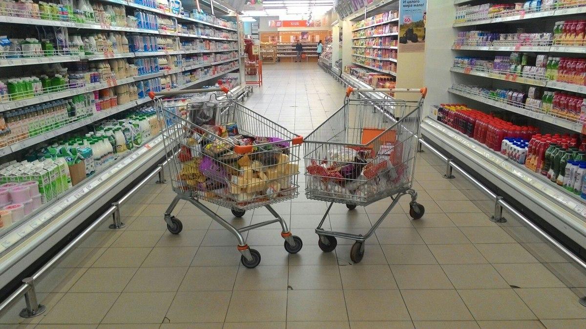 Торговая галерея в шаговой доступности. В Ярославской области работает более 10 тысяч магазинов
