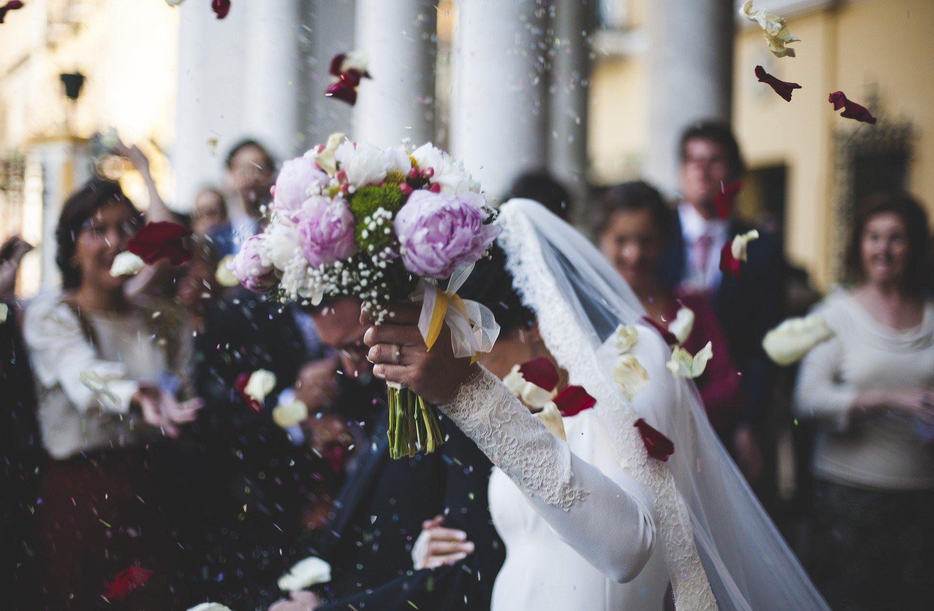В Ярославской области стали чаще жениться и чаще разводиться