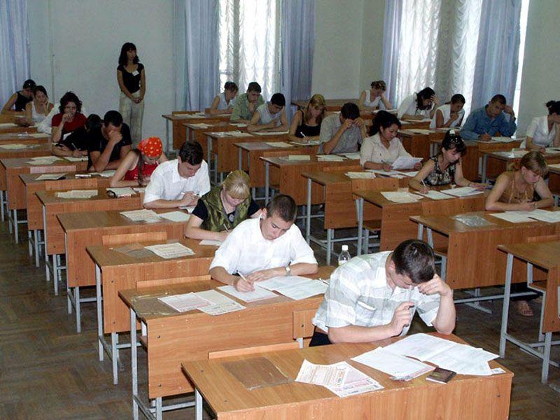 В Ярославской области второй день ЕГЭ по русскому языку прошел в штатном режиме