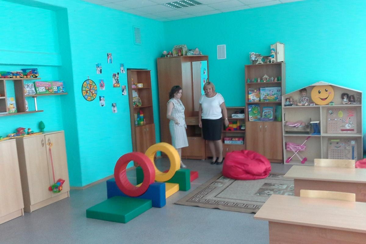 В Ярославле открылась горячая линия по вопросам приема в 10-е классы