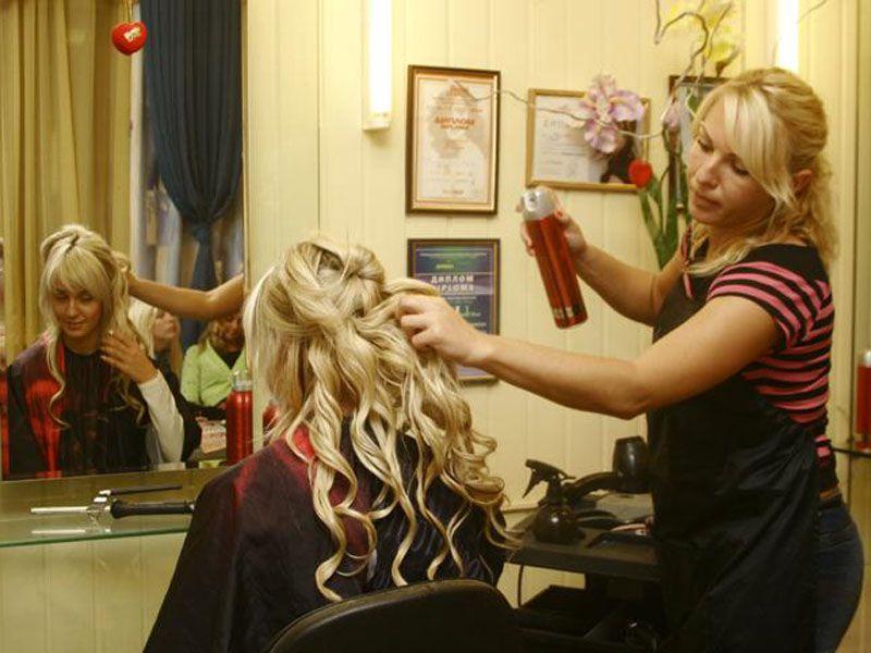 Ярославские парикмахеры и визажисты посоревнуются в Москве