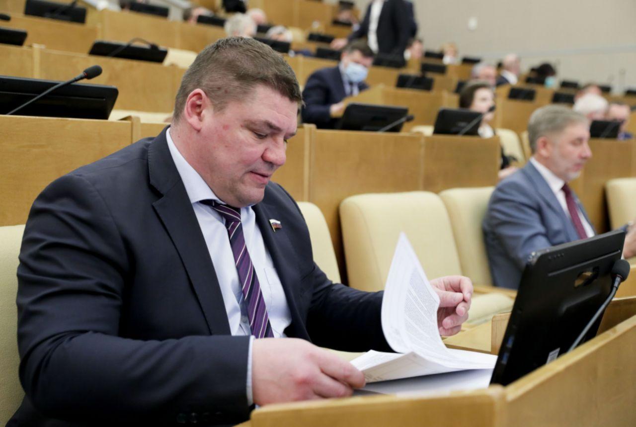 Депутат Госдумы Коваленко: ямочный ремонт – задача-минимум, выбиваем деньги на капитальный