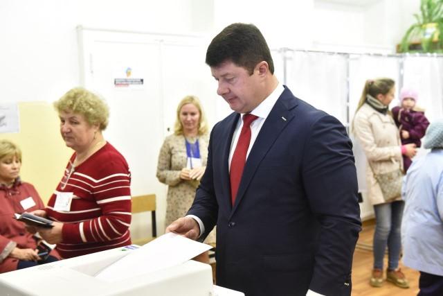 Владимир Слепцов написал заявление об увольнении