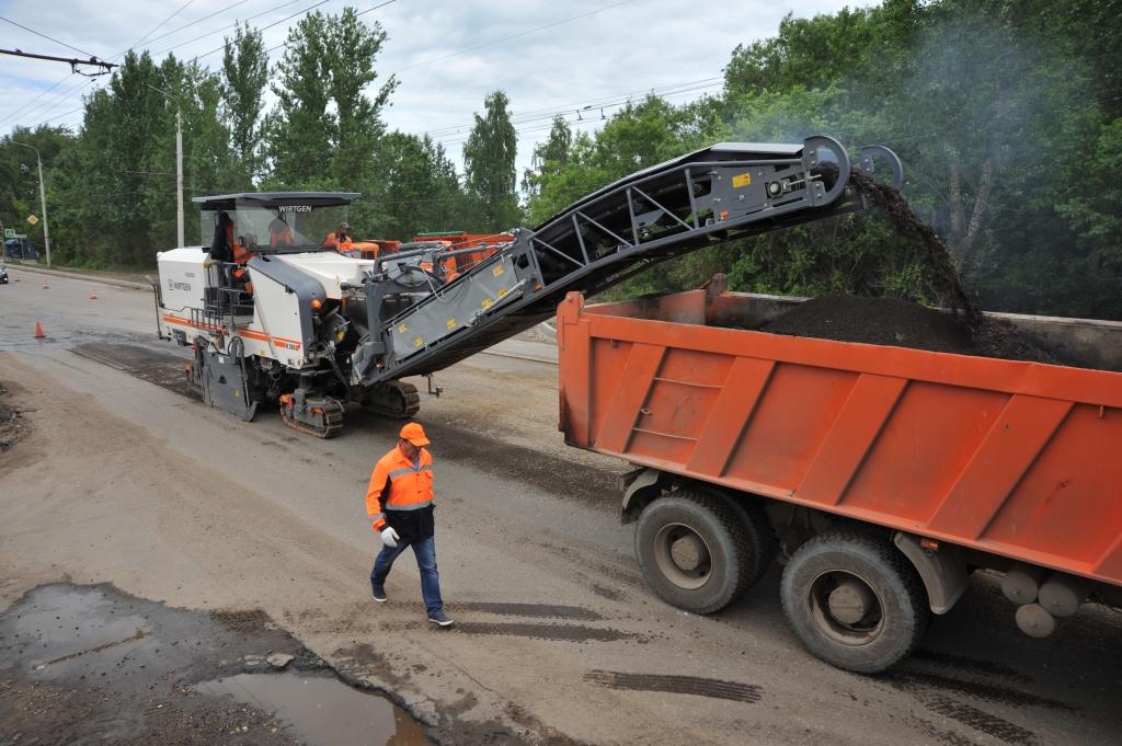 Правительством инициирована проверка по сообщениям о коррупции в дорожной сфере