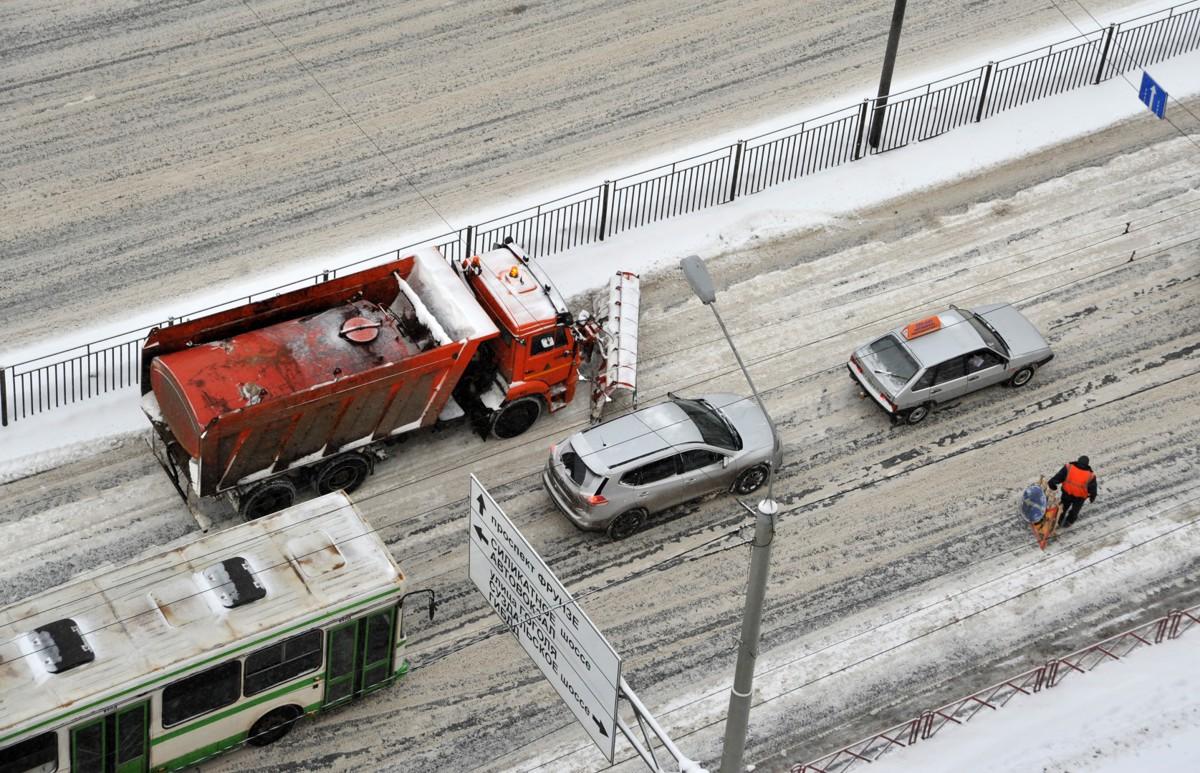 Ночью на дорогах Ярославской области будет работать более 250 единиц техники