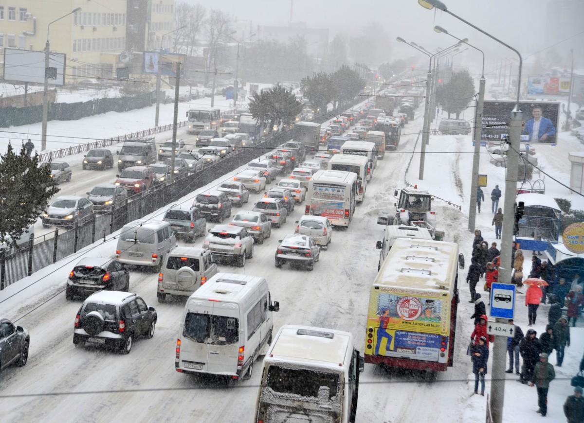 Пробка от «Глобуса» и затор на Московском: транспортный коллапс в Ярославле