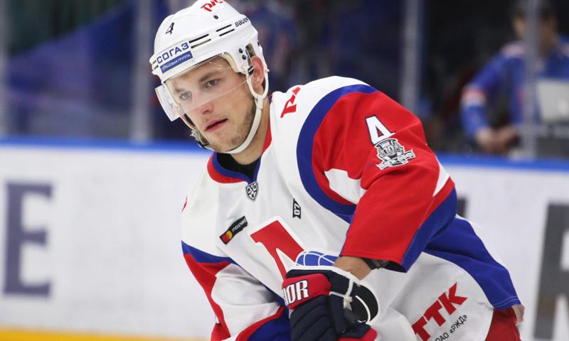 Рекордсмен КХЛ останется в «Локомотиве»