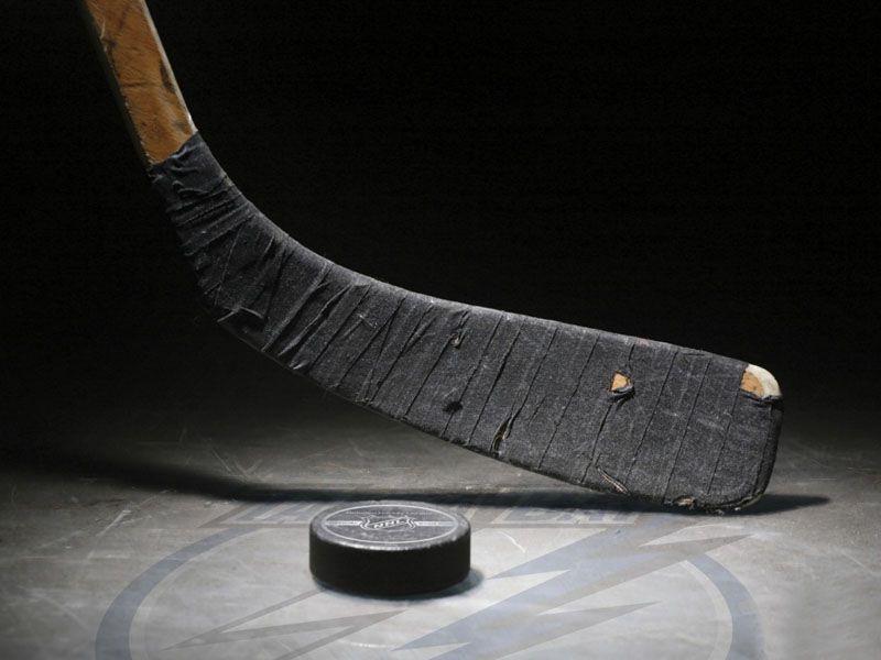 В Ярославле могут отремонтировать хоккейный корт у школы имени Ивана Ткаченко
