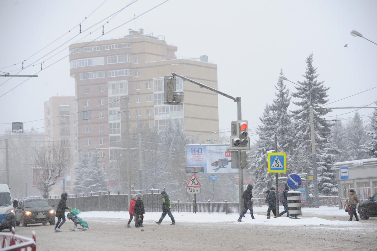 Предупреждение МЧС: сильный снегопад ожидают в ближайшие часы в Ярославской области