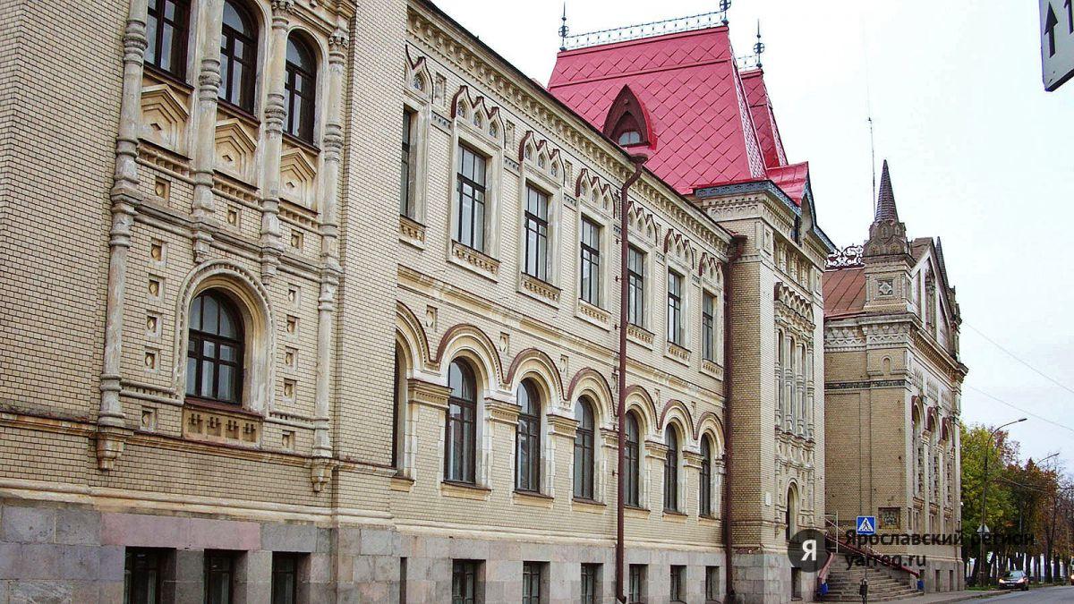 В Рыбинске открылась выставка «Язык цветов»