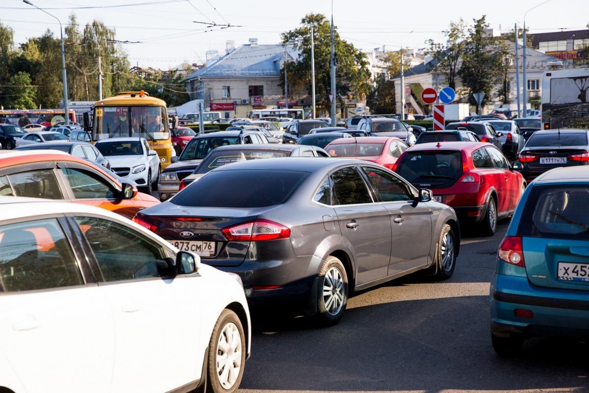 Ярославец угрожал убить соседку из-за парковочного места