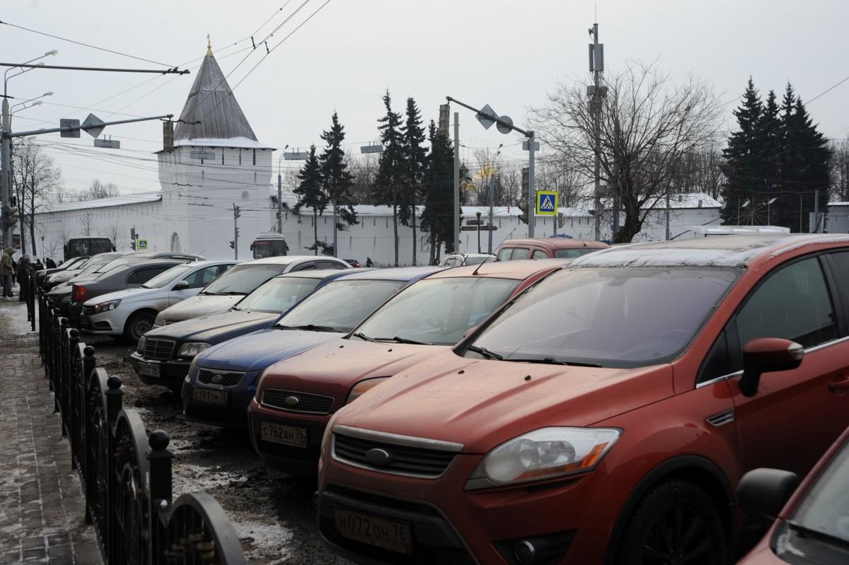 Мэр Ярославля проанонсировал введение платных парковок