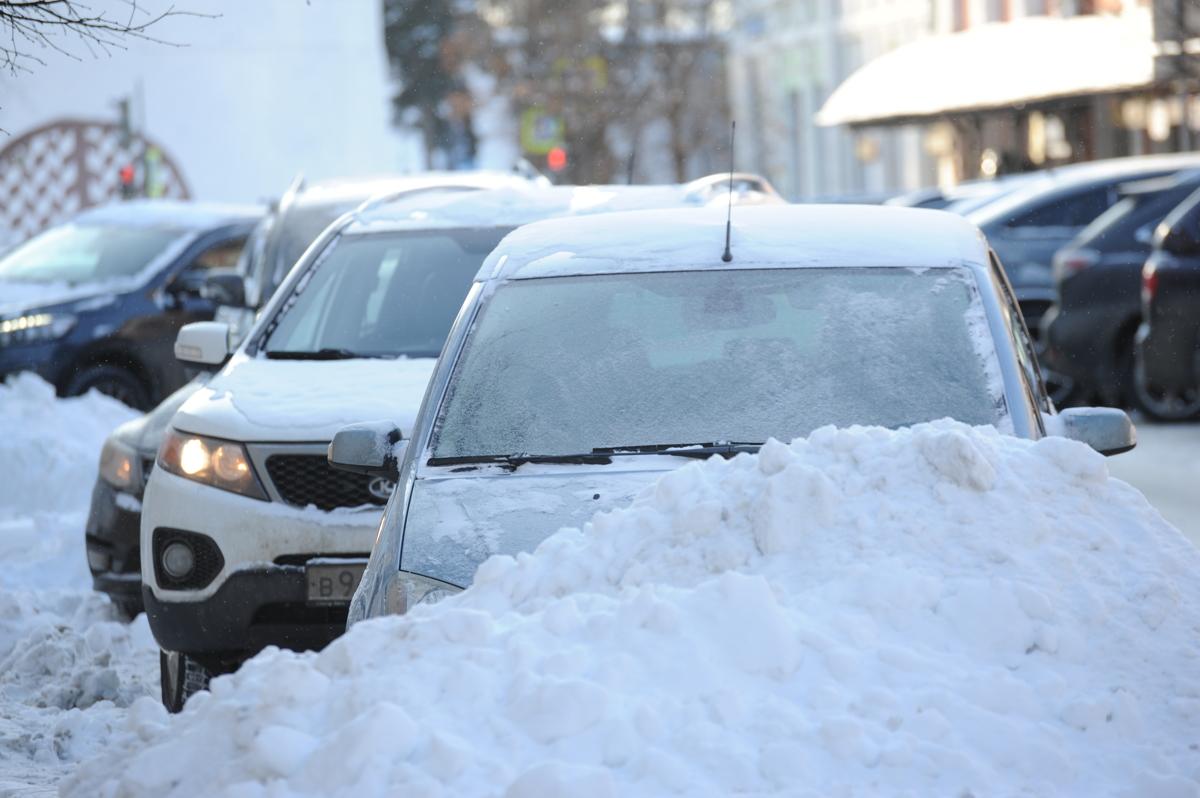 В Ярославле нашли 78 брошенных машин, которые мешают дорожному движению