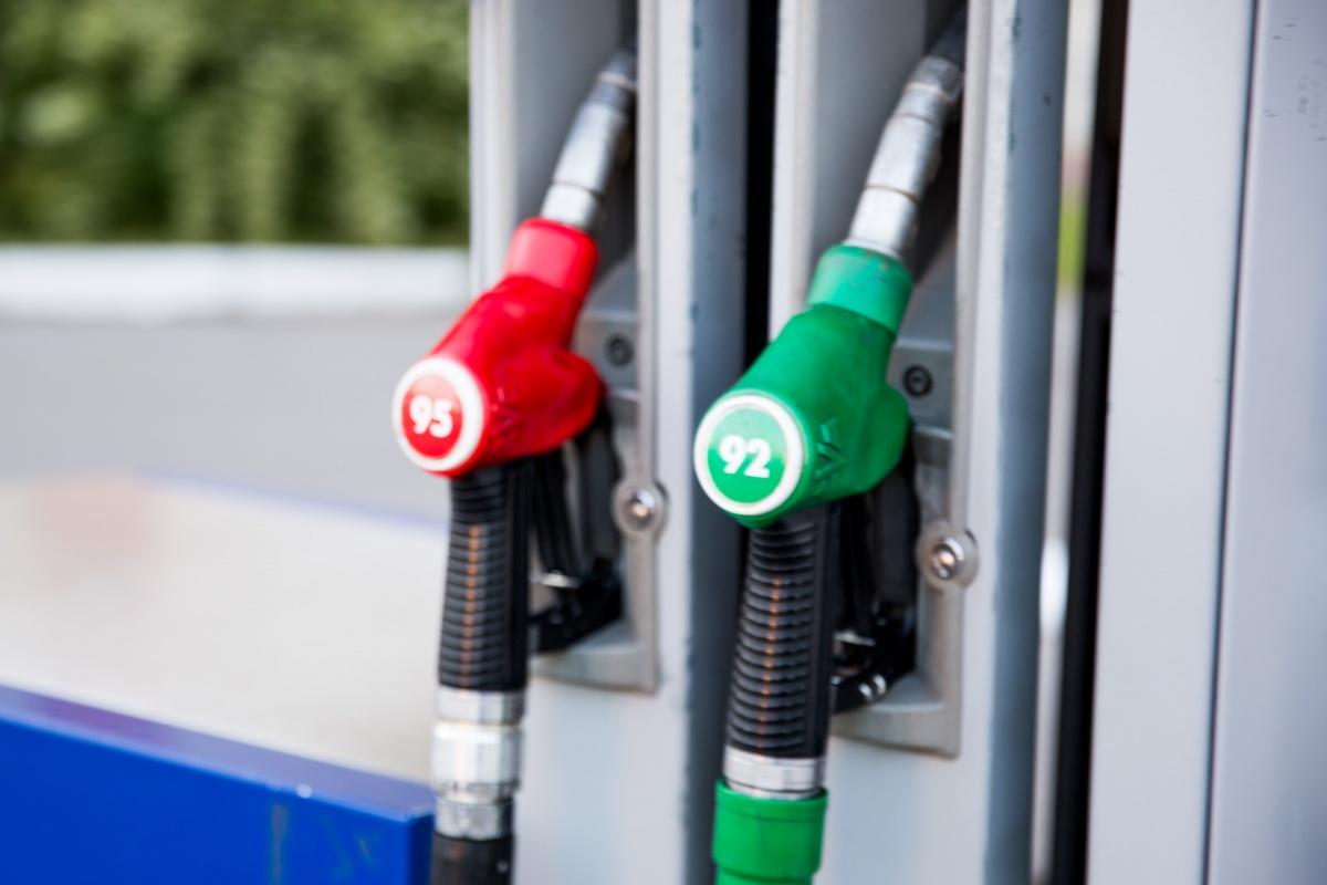 Бензин в Ярославской области самый дешевый в ЦФО
