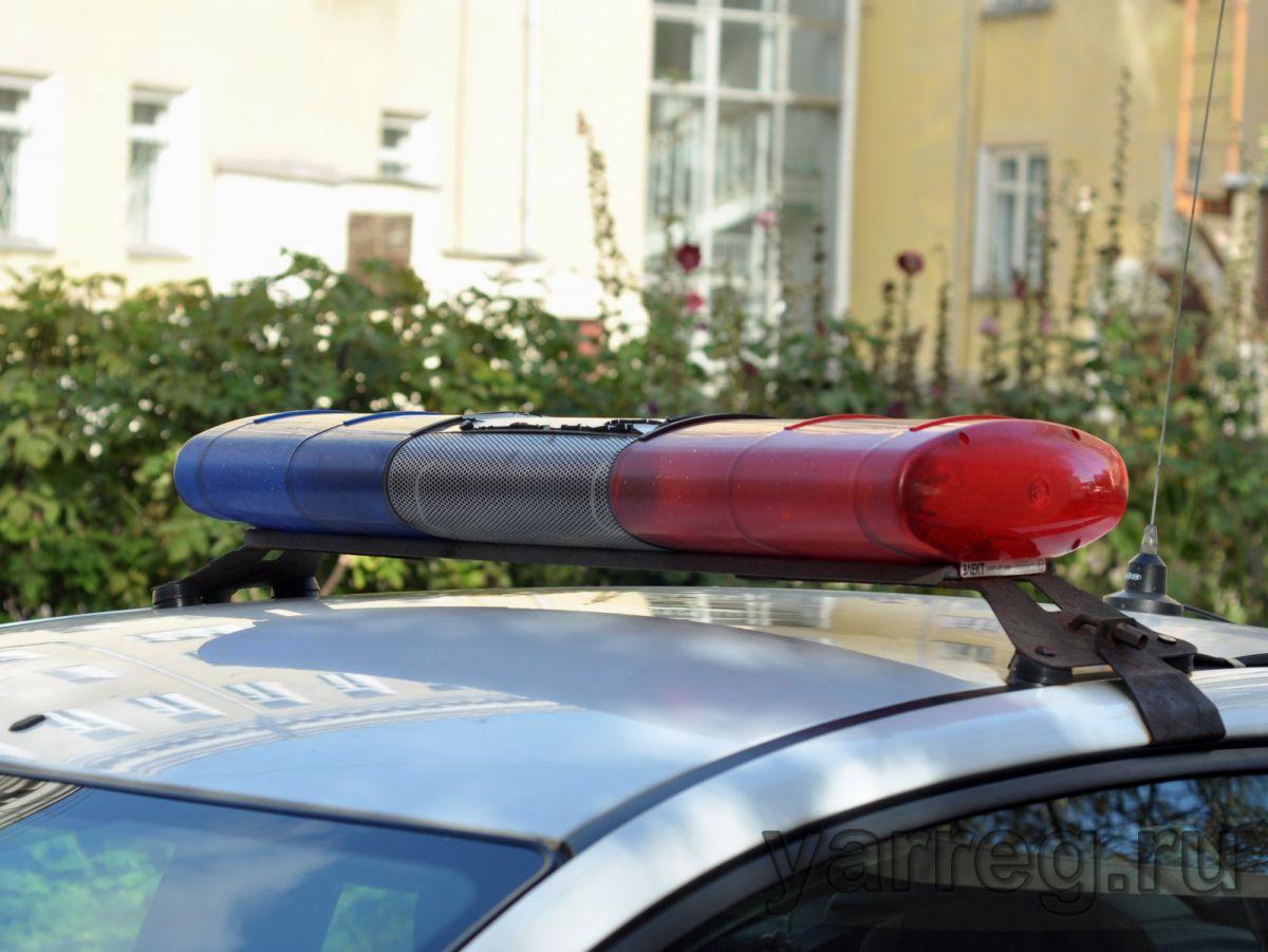 Пьяный житель Ярославской области угнал внедорожник собутыльника