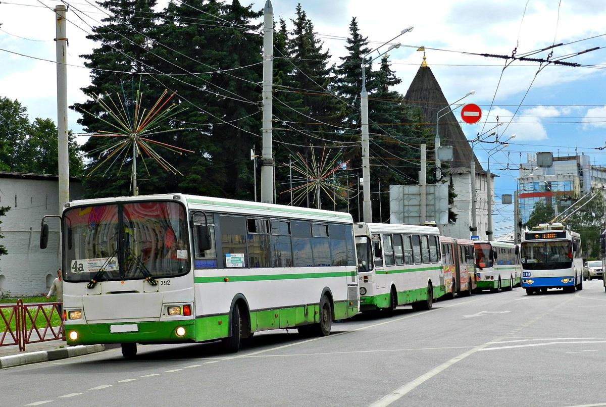 В Ярославле временно изменится схема движения автобусов и маршрутных такси