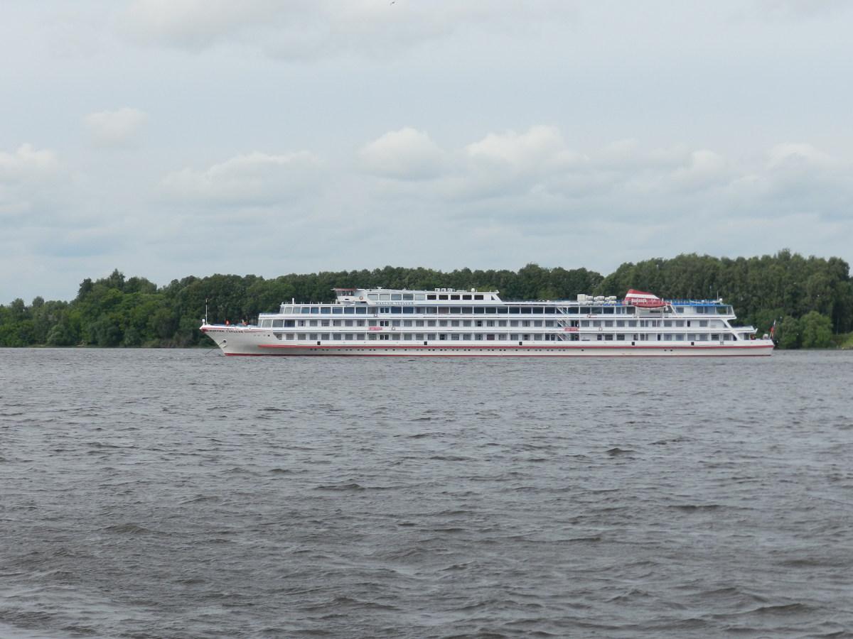 Из Ярославля впервые в этом сезоне отправился круизный корабль