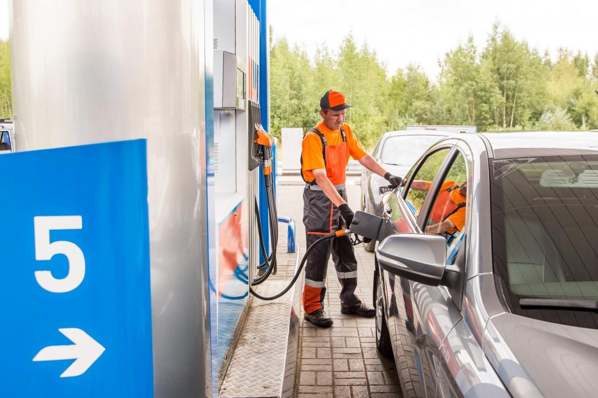 Росстат: бензин в Ярославле – самый дешевый в ЦФО